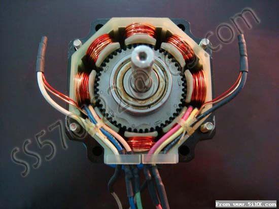 谈两相步进电机接线方法和电流设定问题